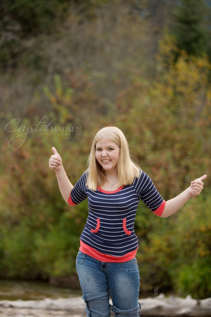 a nature perfect senior photo session crystal madsen photography