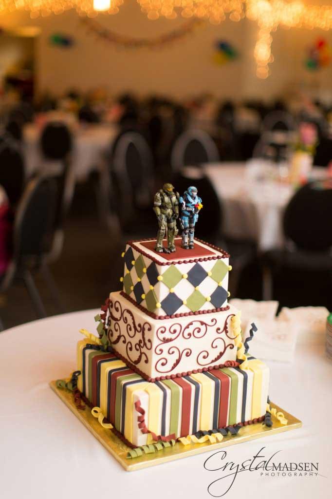 Happy Cake Halo Wedding Cake