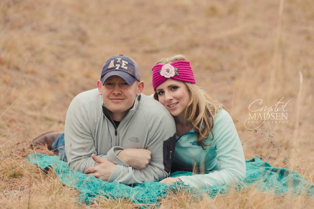 Romantic - Spokane - Winter - Engagement007