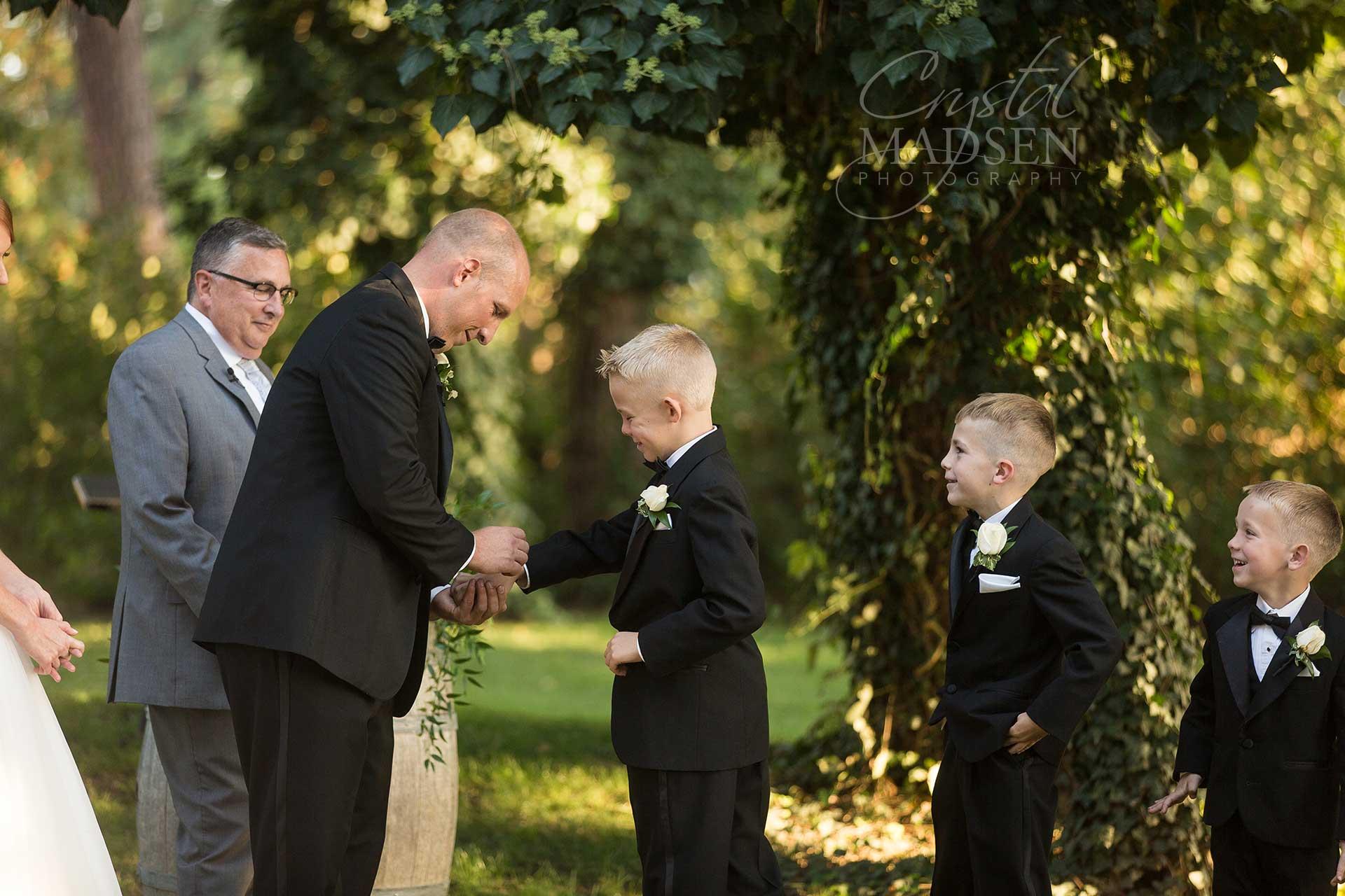 arbor-crest-summer-wedding_12