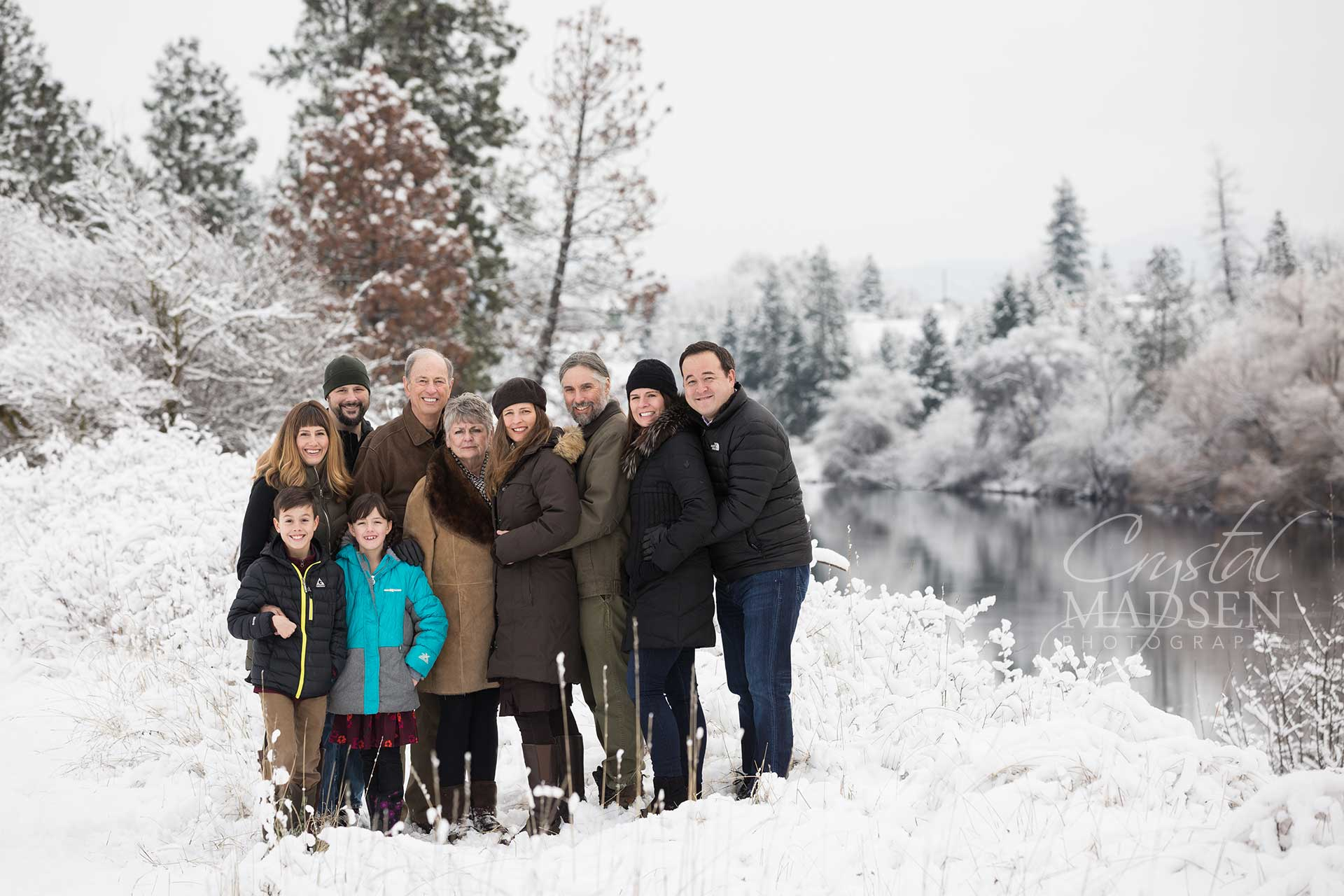snowy-spokane-family-photos