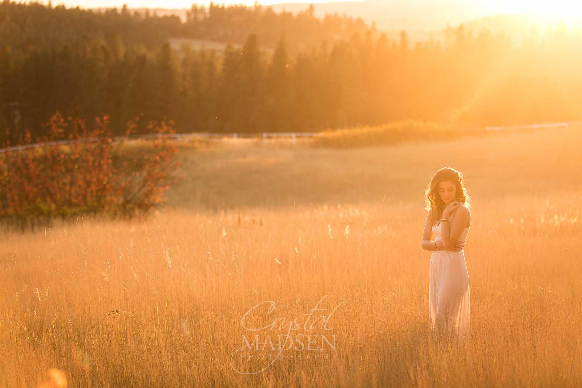 beautiful field senior portraits spokane