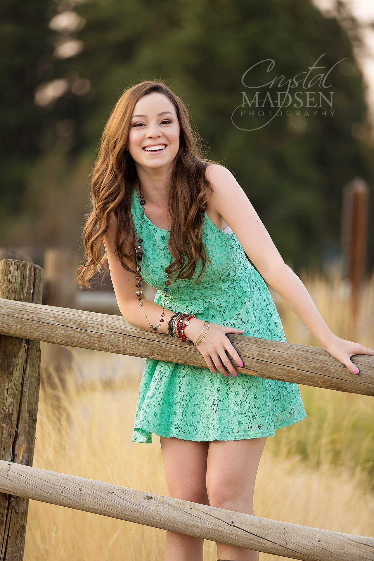 accessorize-your-senior-pictures