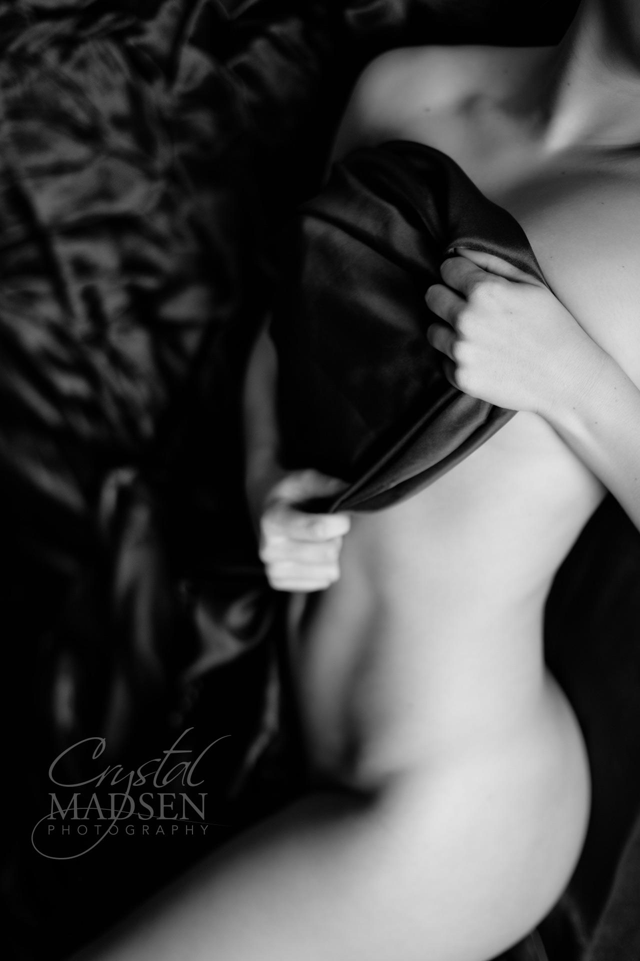 Sexy boudoir poses